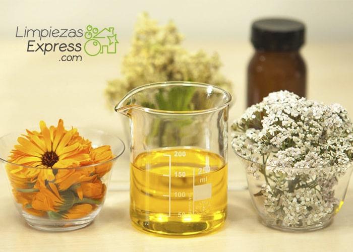 aceites naturales para limpiar tu casa