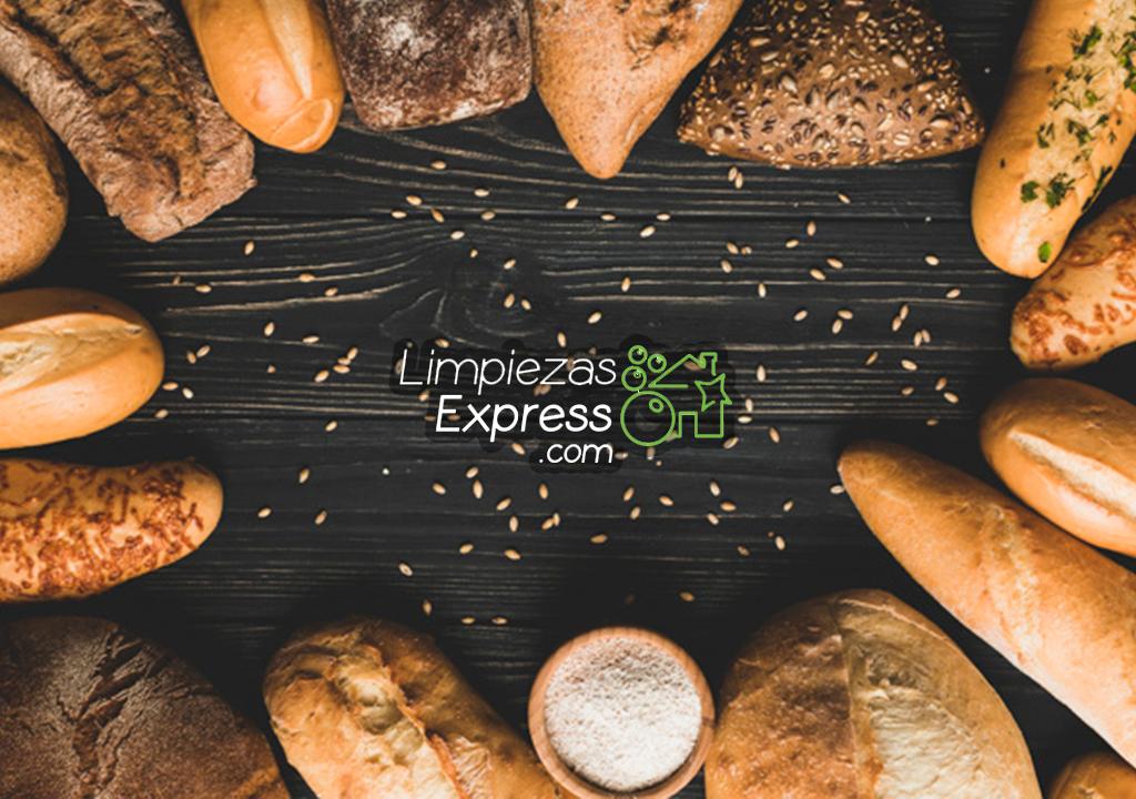 Trucos para limpiar con pan